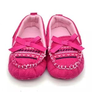 Other - NEW Baby Moccasin Slippers in Pink
